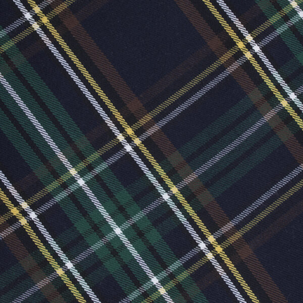 Hondenbandana met ruitjes motief. De kleuren in deze sjaal zijn groen, donkerblauw, geel, wit en bruin. De bandana kan heel eenvoudig op de gewenste lengte geknoopt worden. Verkrijgbaar in 6 maten van XS tot XXL, voor zowel de allerkleinsten als de grootsten.