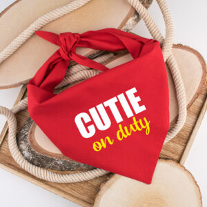 cutie on duty, bandana, dog bandana, hond, sjaal, hondenbandana, bandana hond