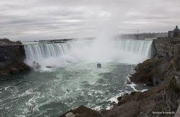 MotoForPeace alle cascate del Niagara 2016