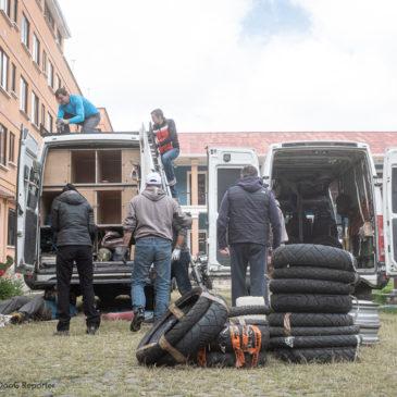 I mezzi sono pronti per essere spediti in Perù ed essere imbarcati