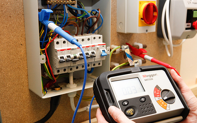 EICR Inspection & Testing Electricians In Leeds MPS Ltd 0113 39090670