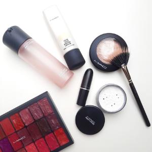 julie-smet-professioneel-mua-makeup-artist-vistagiste-sint-niklaas-waasland-vlaanderen-favorite-beauty-products-mac