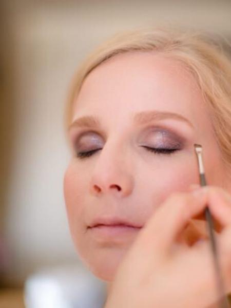 julie-smet-professioneel-mua-makeup-artist-vistagiste-sint-niklaas-waasland-vlaanderen-workshop-beauty-photoshoot-bridal-bruidsmakeup