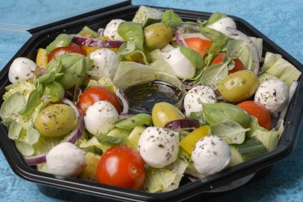 mozzarella salat box.jpg