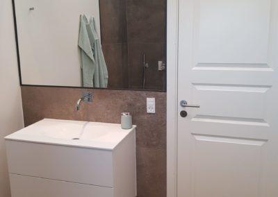 Modernet badeværelse i nybyg