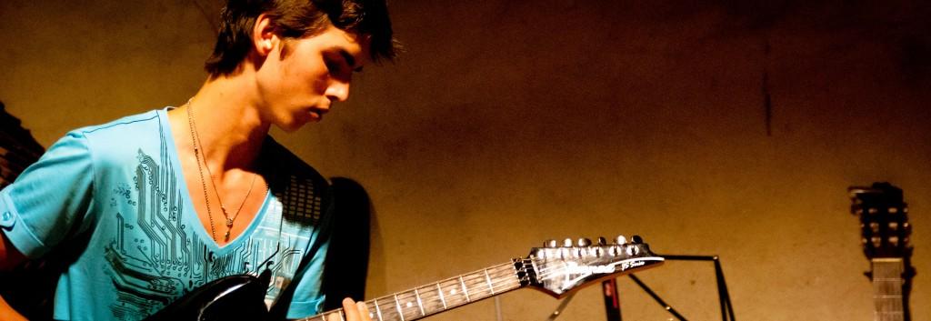 gitaar 03 augustus 2012-7