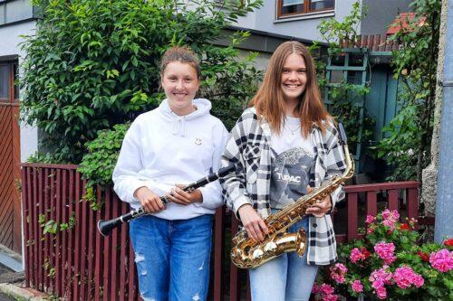 Lena Erler & Amelie Graß nach bestandener D2 Prüfung