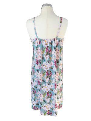 miss sunshine sommer stropkjole bagfra, i viskose jersey med romantiske blomster og blå bund