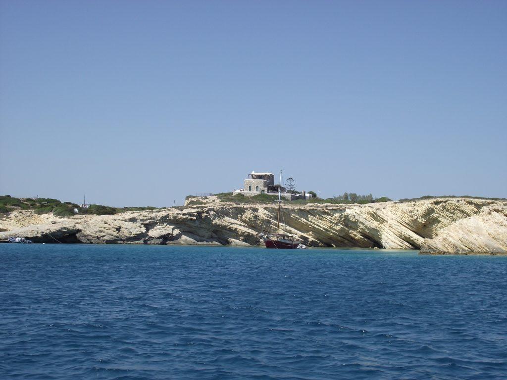 Irakleia island