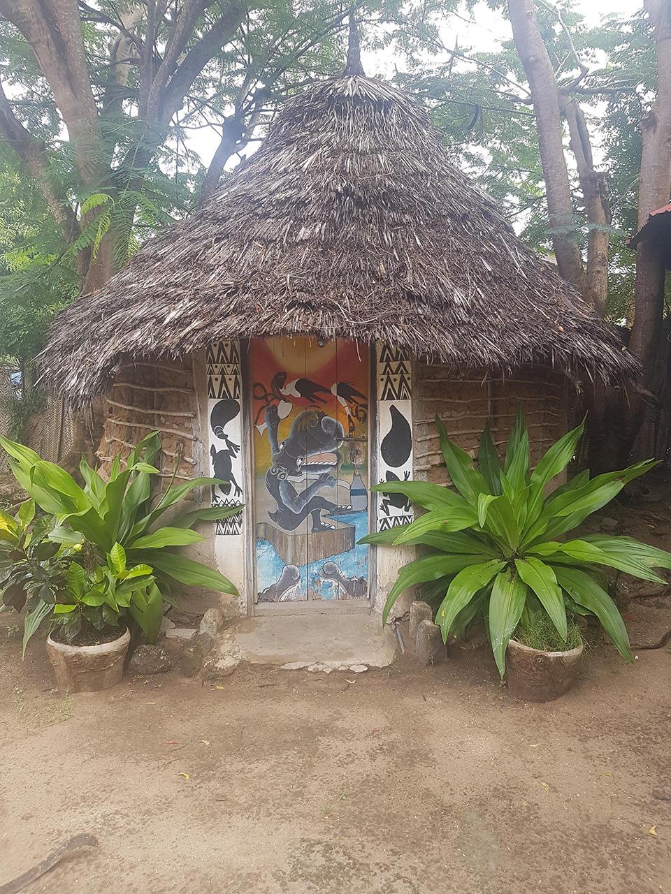 tanzanian bungalow on a budget