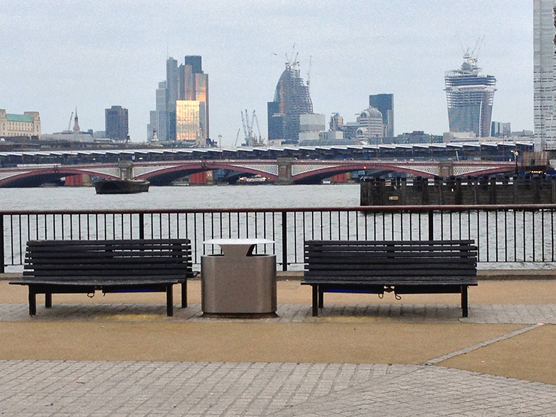 southbank benches