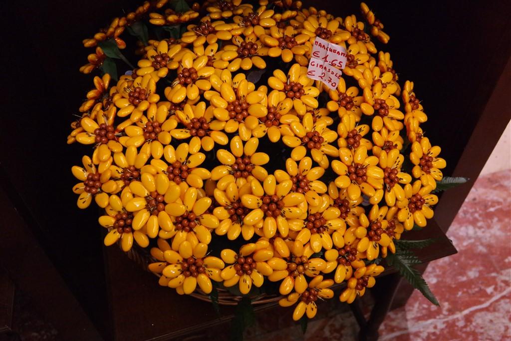 pelino confetti flowers