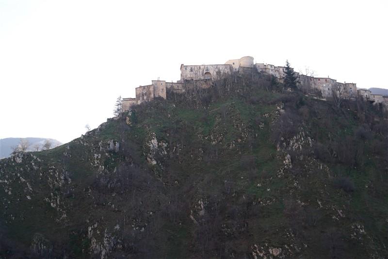 hilltop village abruzzo italy