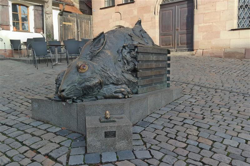 rabbit statue nuremberg
