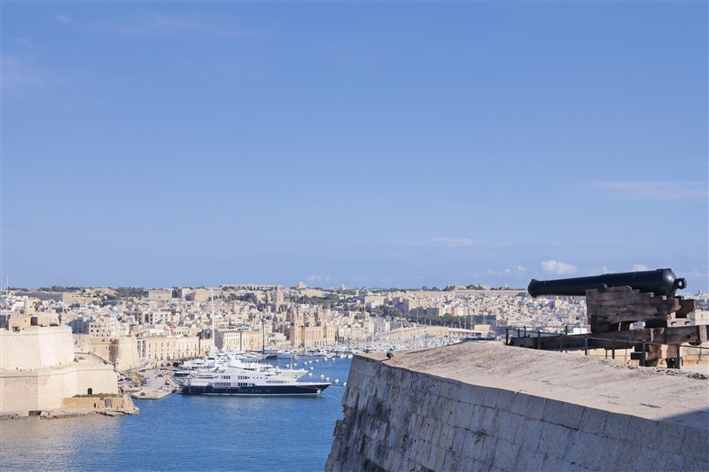 from valletta to three cities
