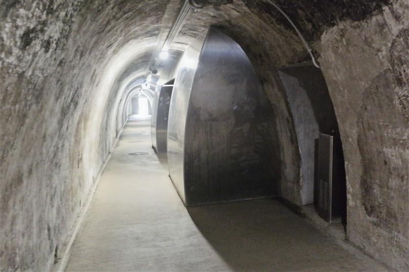 Zagreb tunnels toilets
