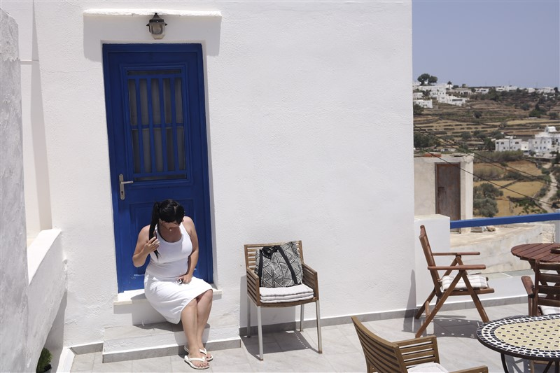 sifnos where to stay