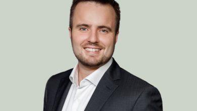 Photo of وزير الصناعة والأعمال.. سيمون كولرروب