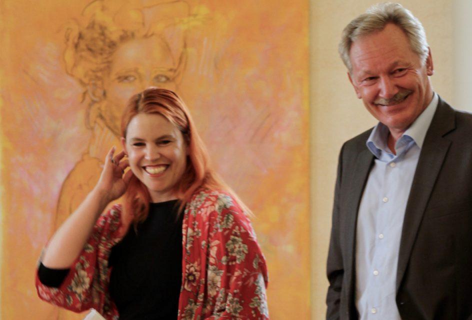 Evelyn Hoffmann, Kunsthistorikerin und Günther Tielebörger, Stadtbürgermeister von Kandel
