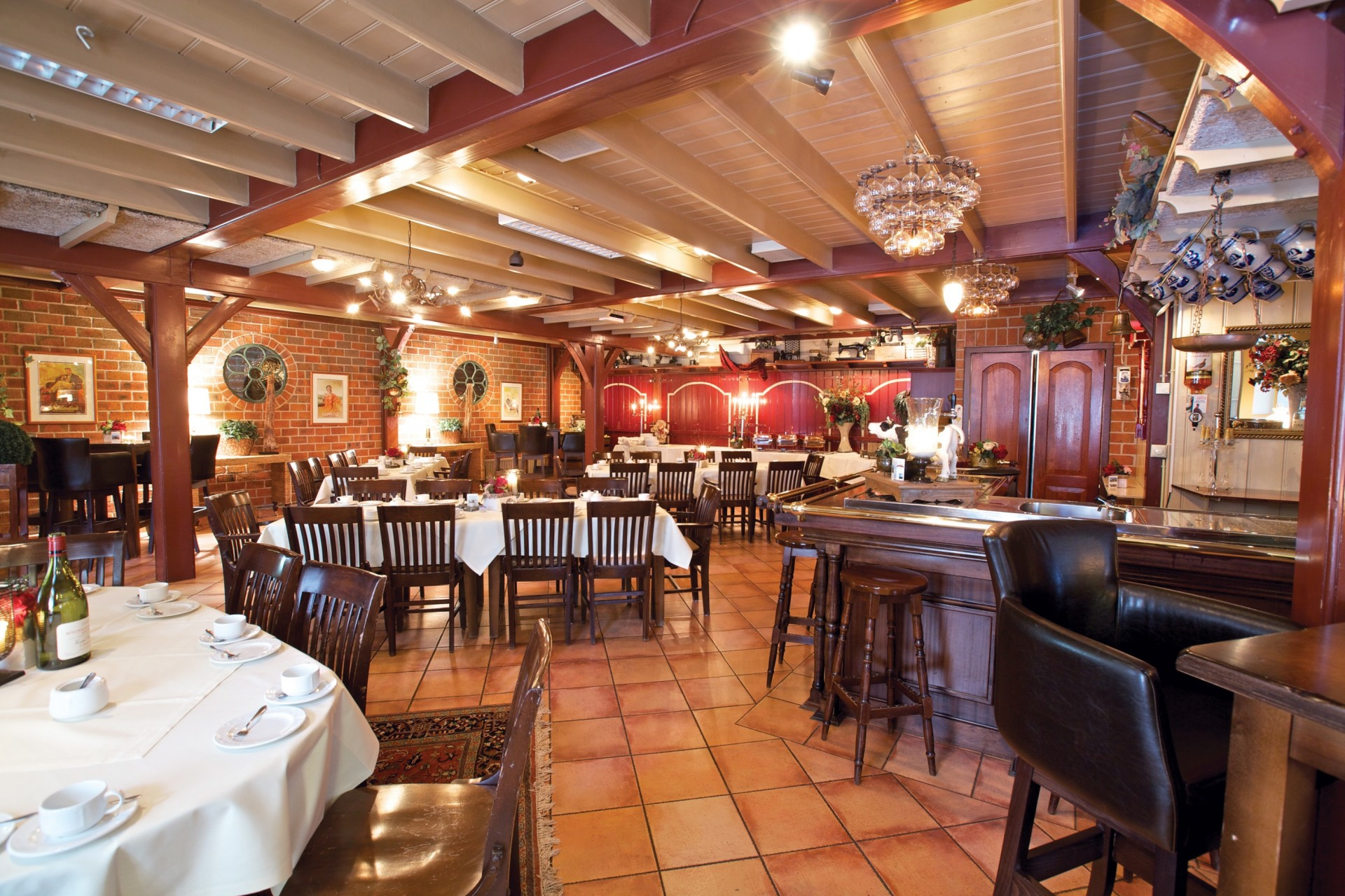 Nadorst-restaurant-uitspanning-faciliteiten-pronckkamer-1