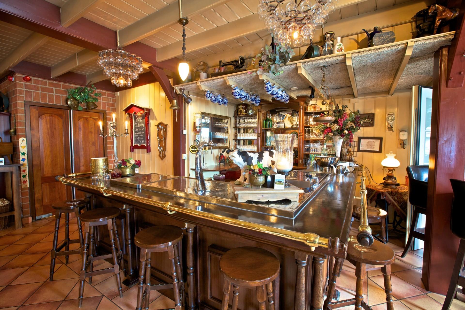 Nadorst-restaurant-uitspanning-faciliteiten-pronckkamer-2
