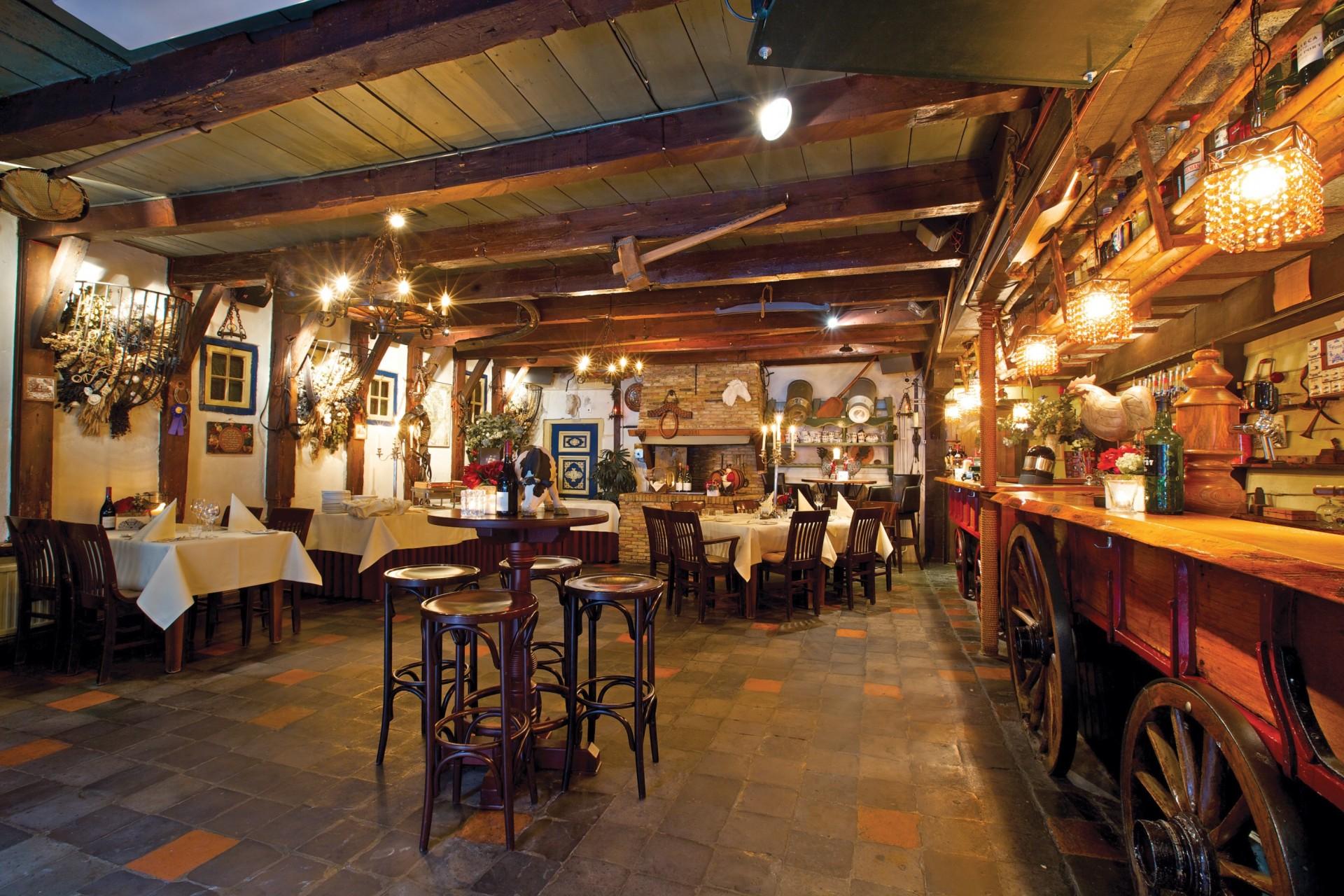 Nadorst-restaurant-uitspanning-faciliteiten-zalen-de-paardenstal-3