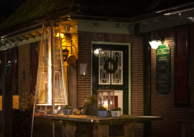 Nadorst-restaurant-feestlocatie-uitspanning-buiten-terras-vuurkorf