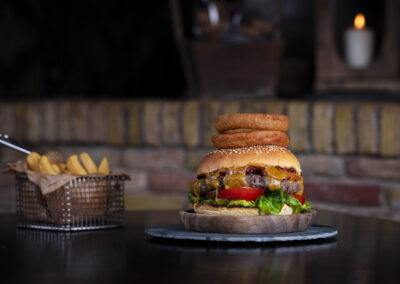 Nadorst-restaurant-feestlocatie-uitspanning-diner-lunch-burger-hamburger-friet-patat