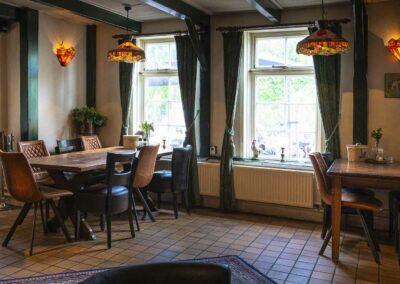 Binnen zaal Hoorn Restaurant De Nadorst