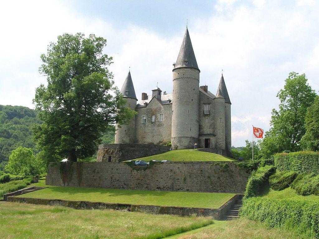 Château de Vêves - Celles - Houyet