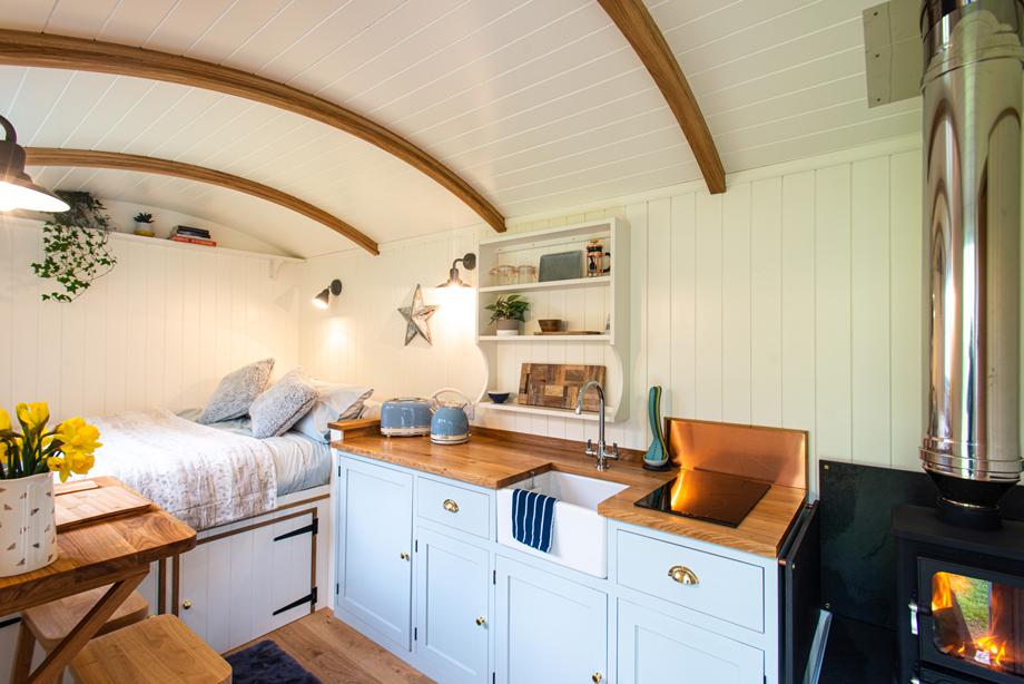 Interior Nanpusker Glamping Shepherds Hut