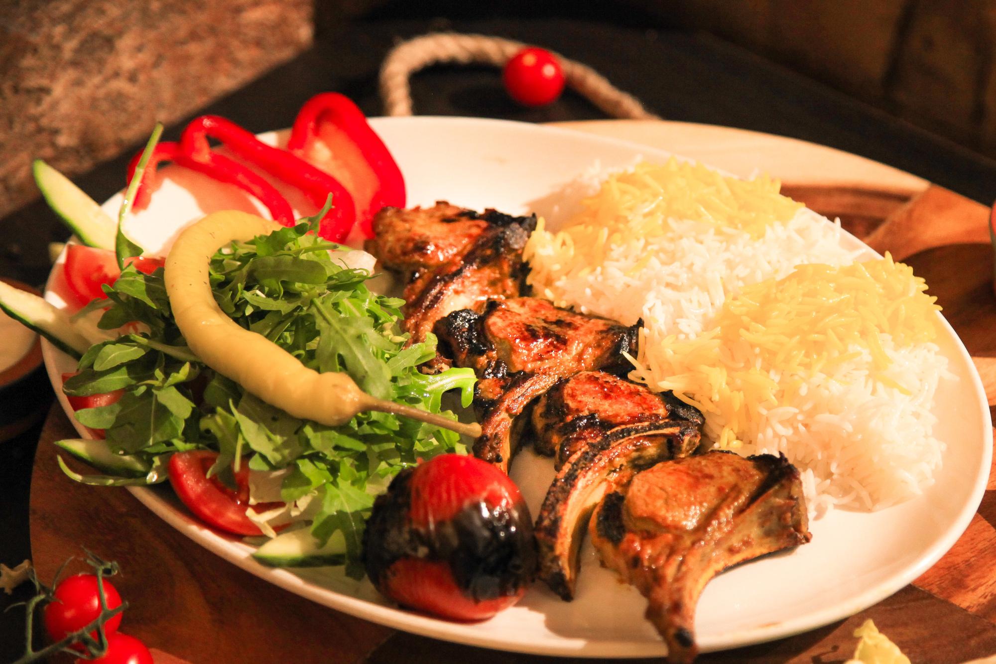 shishlik Narenj restaurant and shisha bar