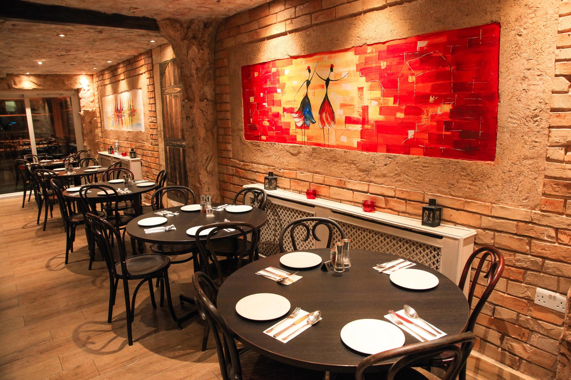 Narenj restaurant and shisha bar