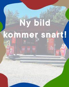Bild på Östermarkioskens utsida kommer snart! Mvh Nåttarö Handelsbod