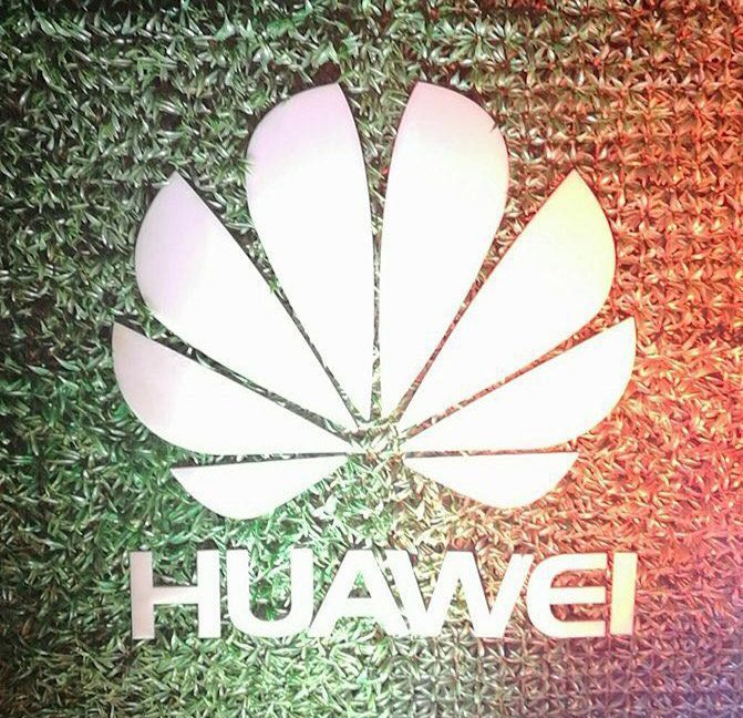 Amid A Spectacular Event Huawei Launched Mate 8