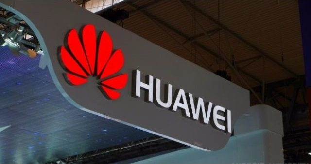 Huawei Turns To Be A Master Entertainer With Glamorous PFDC