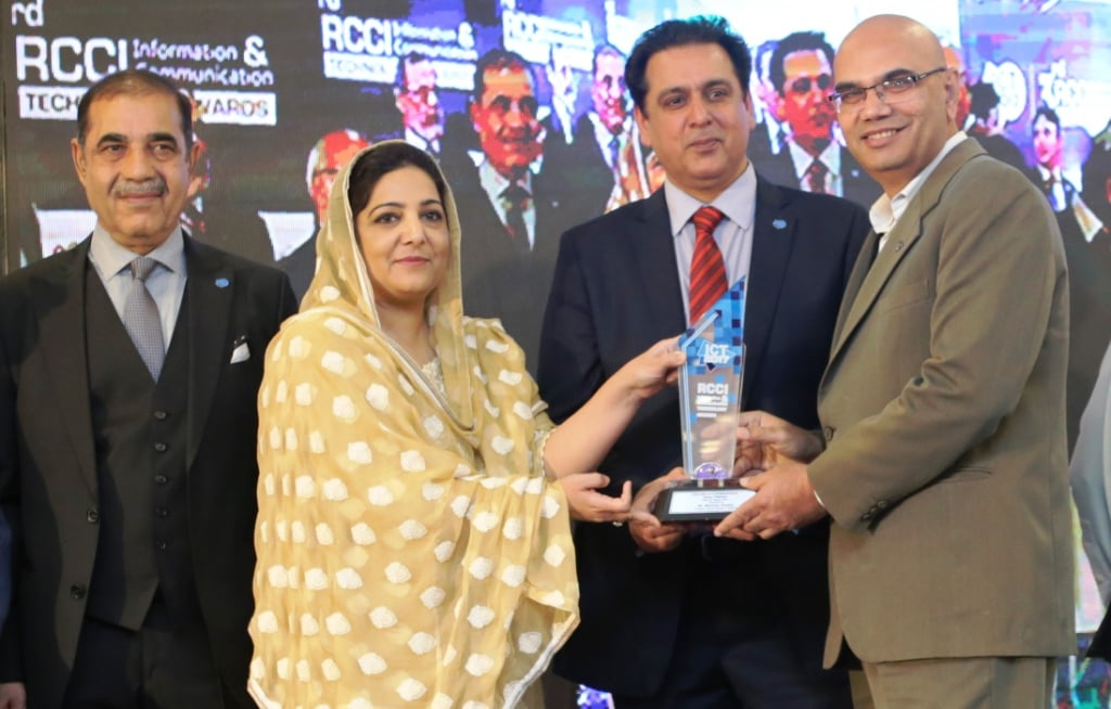 Telenor Pakistan, has been awarded the 'Excellence in Telecommunication' award at the RCCI ICT Award 2017 by the Rawalpindi Chamber of Commerce