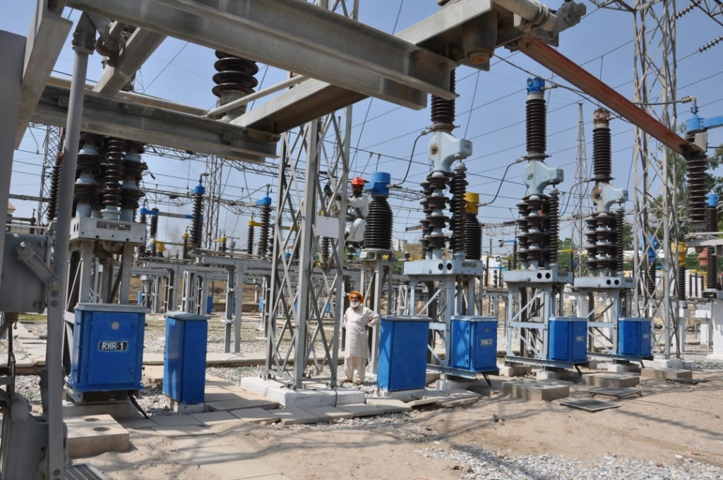 It is announced in a ceremony held at DHA Lahore phase 8, that in the 8th and 9th phase of DHA Lahore it will get its very own grid stations with the