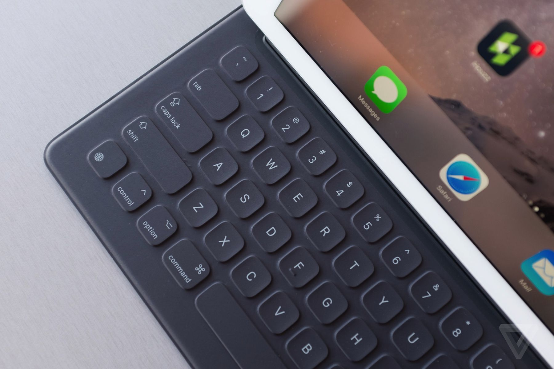 Apple will provide free Smart Keyboard repairs for three years because of 'functional issues'. On the extended service program, MacRumors and 9to5Mac