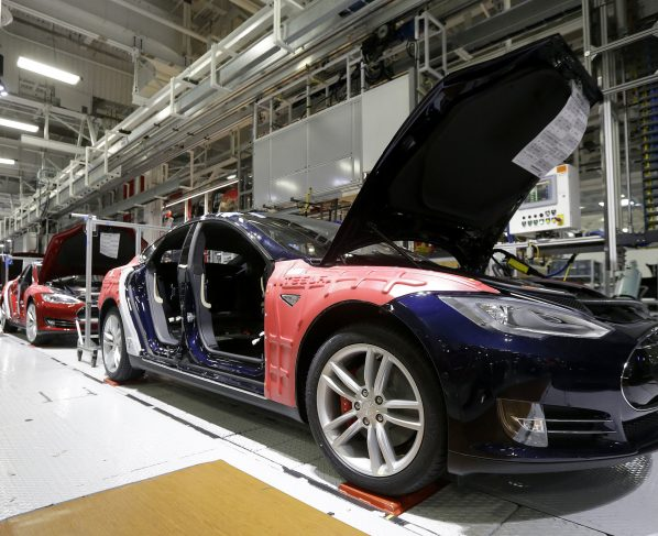 Tesla, Elon Musk's company, that is famous for making unique and exciting gadgets and products, is now planning to build a large battery, for the South