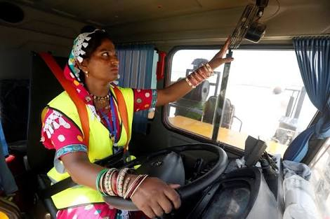 Meet the first Pakistani women truck driver