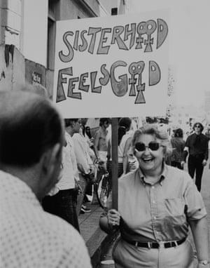 Cathy Cade - Sisterhood Feels Good, 1972