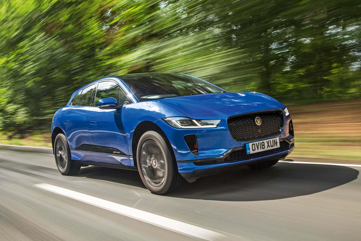 Top 10 Sustainable Luxury Cars for 2020: Jaguar I-PACE