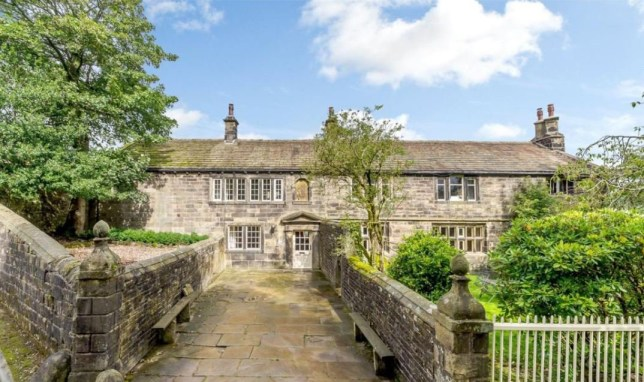 10 bedroom detached house for sale Stanbury, Keighley, West Yorkshire Credit: Rightmove Wuthering Heights house