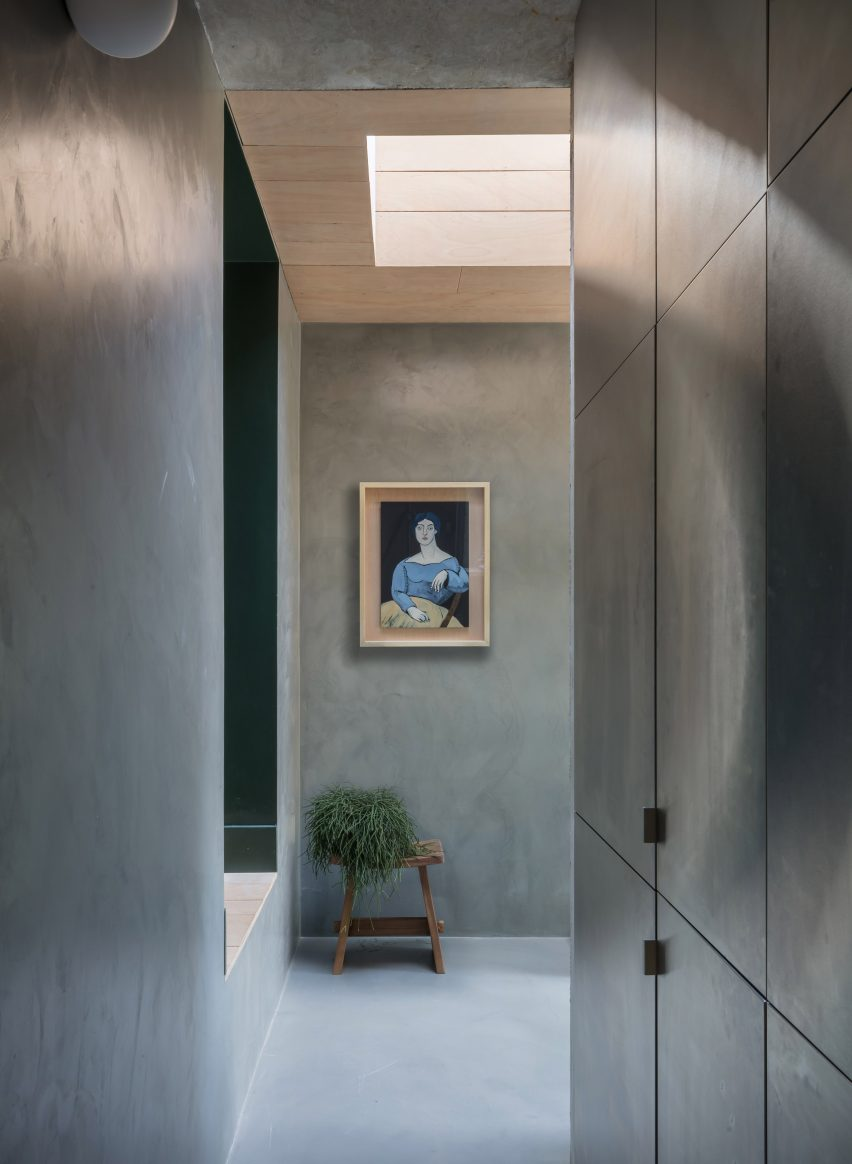 Void above ground floor of Untiled House extension by Szczepaniak Astridge in London