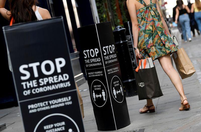 © Reuters. FILE PHOTO: The spread of the coronavirus disease (COVID-19), in London