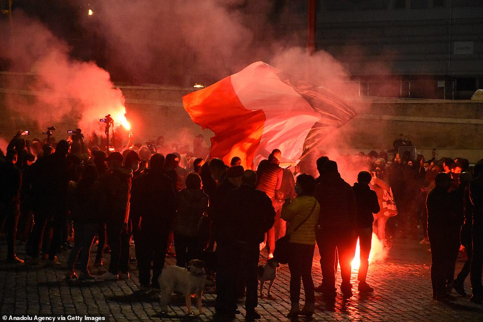 Protesters clashed with police on the streets of Rome overnight in the fifth straight night of unrest in Italy over new coronavirus curfews