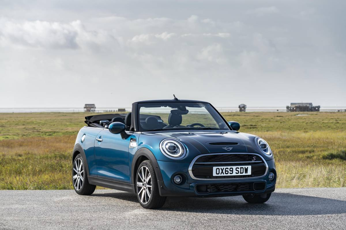 MINI Crowned Auto Express Convertible Of The Year 2020 Image