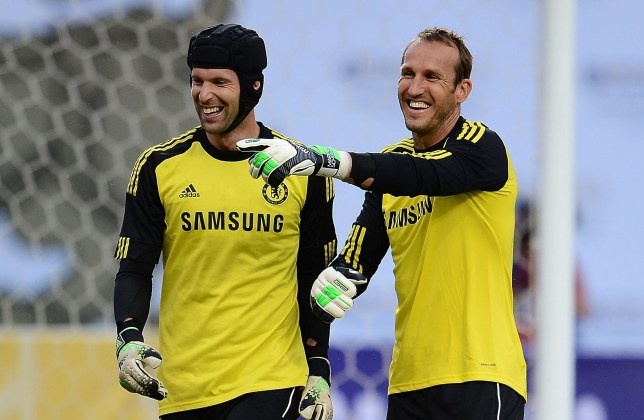 Mark Schwarzer claims Petr Cech has been better than Chelsea's other goalkeepers in training