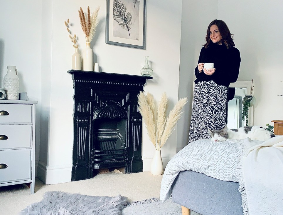 what I rent: Vikki, 625 a month for a two-bedroom house in derby - vikki in the bedroom